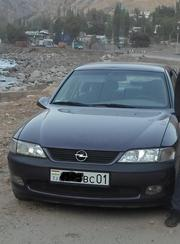 Срочно продаю машину