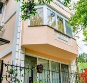 Дом в центре Ялты 4 этажа,  213 кв. м. 750 метров до набережной.